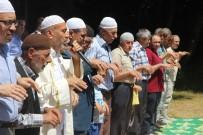 YAĞMUR DUASI - Bu Köylüler 600 Yıldır Yağmur Duasına Çıkıyor