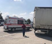 Sakarya'da Motosiklet, Tırın Altında Kaldı Açıklaması 1 Yaralı