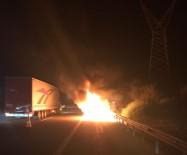 BOLU DAĞı - Seyir Halindeyken Yanan Otomobil Küle Döndü