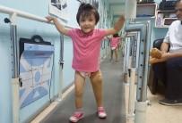 İHSAN YıLDıRıM - Antalyalı Minik Özge Yeni Protezine Kavuştu