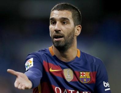 Barcelona'dan şaşırtan Arda Turan kararı!