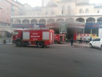 CAMİİ - Bingöl'de Market Yangını