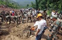MUSON YAĞMURLARı - Hindistan'da toprak kayması: 46 ölü