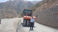 SİİRT VALİSİ - Pervari-Beğendik Yolu Asfaltlanıyor