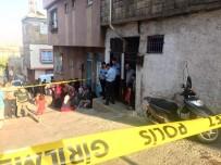 HACIBABA MAHALLESİ - Silah Sesi Üzerine Gittiği Odada Kızını Kanlar İçerisinde Buldu