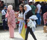 TELEFERIK - Arap turistler Uludağ'a akın etti