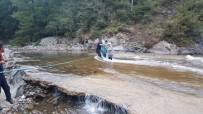 Baraj Kapakları Açıldı Açıklaması 17 Kişi Mahsur Kaldı