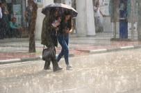 ANADOLU YAKASI - İstanbul İçin Yağış Uyarısı
