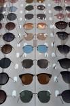 GÜNEŞLI - Kalitesiz gözlükler gözde hasara yol açabiliyor