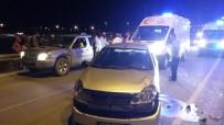 KÖPRÜLÜ - Karaman'da Kamyonet İle Otomobil Çarptı