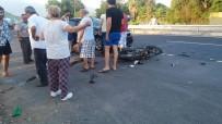 BEYOBASı - Köyceğiz'de Otomobil Motosikletle Çarpıştı; 1 Yaralı