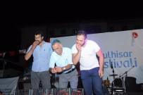 İSTİKLAL - Koyulhisar'da Kültür Ve Sanat Festivali Yapıldı