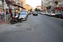 ERDEMIR - Motosikletin Otomobile Çarpma Anı Güvenlik Kamerasına Yansıdı