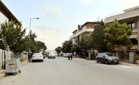 SOYGUN - Silahlı Soyguncular Bakırköy'de Yüklü Miktarda Parayı Çalarak Kayıplara Karıştı