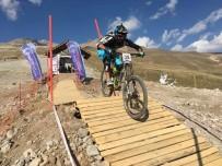 TÜRKIYE BISIKLET FEDERASYONU - Uluslararası Erciyes Dağ Bisikleti Kupası Tamamlandı