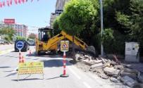 Van Büyükşehir Belediyesinden Yol Yenileme Çalışması