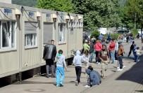 SıĞıNMA - Almanya'da, Mülteciler Apartman Dairelerinde Yaşamaya Başladı