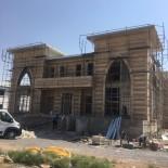 HALK EĞİTİM MERKEZİ - Cihanbeyli'de Oba Beyler Konağı İnşaatı Sürüyor