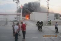 İtfaiyeden 'Yangını Bırakıp Hatıra Fotoğrafı Çektirdiler' Haberine Tepki