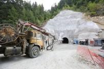 KARADERE - Karadere Tüneli'nde Son Bir Kilometre