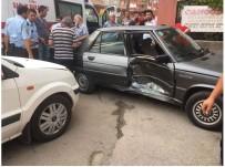 KARACAOĞLAN - Kozan'da Trafik Kazası;2 Yaralı