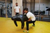 GÜREŞ TAKIMI - Dünya Şampiyonluğu Geldi, Hedef Tokyo Olimpiyatları