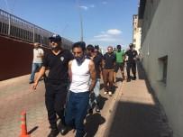 Uyuşturucu Operasyonlarında Gözaltına Alınan 4 Kişi Adliyeye Sevk Edildi