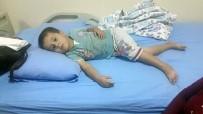 HAVUTLU - Zehirlenme İddiasıyla 60 Kişi Hastaneye Kaldırıldı