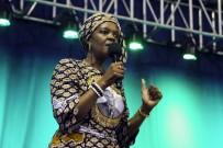 GÜNEY AFRIKA - Zimbabve'nin 'First Lady'si Mahkemeye Çıkacak