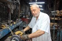 DEMIRCILIK - 50 Yıllık Demirciden 'Bıçakları Son Güne Bırakmayın' Uyarısı