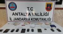BANKA KARTI - Antalya'da Jandarmadan Fuhuş Operasyonu