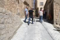 ŞAKIR ÖNER ÖZTÜRK - Artuklu Belediyesi Yol Çalışmalarını Sürdürüyor