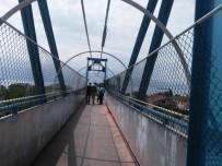 KÖRFEZ - Körfez Belediyesi Üst Geçitleri Daha Güvenli Hale Getiriyor