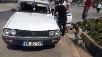 POLİS ARACI - Polis Aracının Da Karıştığı Kazada 1 Kişi Yaralandı