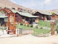 SELÇUK DERELI - Selçuk Ağa'nın 'kaçak' köyü yıkılıyor