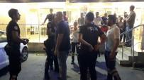 ATATÜRK BULVARI - Trafik Tartışması Alışveriş Merkezine Sıçradı