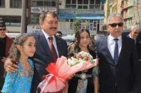 HAKKARİ VALİSİ - Bakan Eroğlu 18 Müjdeyle Hakkari'ye Geldi