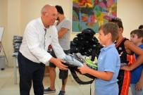 TEKVANDO - Başkan Eşkinat'tan Genç Sporculara Malzeme Desteği