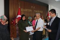 BARTIN VALİSİ - Girişimci Kursiyerlere Belge