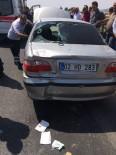 ATATÜRK BULVARI - Motosiklet Otomobile Arkadan Çarptı Açıklaması 2 Yaralı