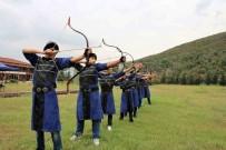 KAĞıTSPOR - Okçular Zorlu Turnuva İçin Kampta