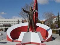 SEMİH TERZİ - Ömer Halisdemir'in heykeli değiştiriliyor