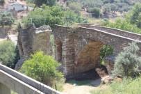 Sanat Eseri Tarihi Köprü Tarih Oldu