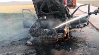 Seyir Halindeki Tüplü Otomobil Alev Topuna Döndü