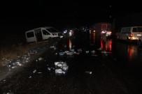 Sivas'ta 5 Araç Birbirine Girdi Açıklaması 2 Ölü, 7 Yaralı