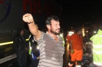 Sivas'ta Zincirleme Trafik Kazası Açıklaması 2 Ölü, 7 Yaralı