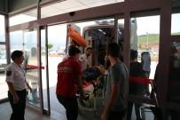 Tunceli'de Ambulans İle Otomobil Çarpıştı Açıklaması 3 Yaralı