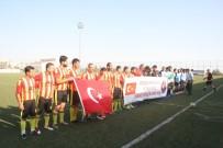 KİLİS VALİSİ - Türk Ve Suriyeliler Dostluk Maçı Yaptılar