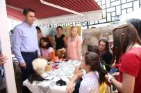 HALK EĞİTİM MERKEZİ - Yaz Tatilini Değerlendiren Öğrenciler Hünerlerini Sergiledi