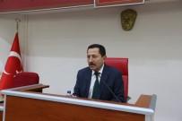 AYHAN SEFER ÜSTÜN - Başkan Toçoğlu Brifinge Katıldı